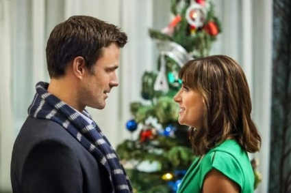 "Hallmark Christmas Movie : ""The Christmas Ornament"""